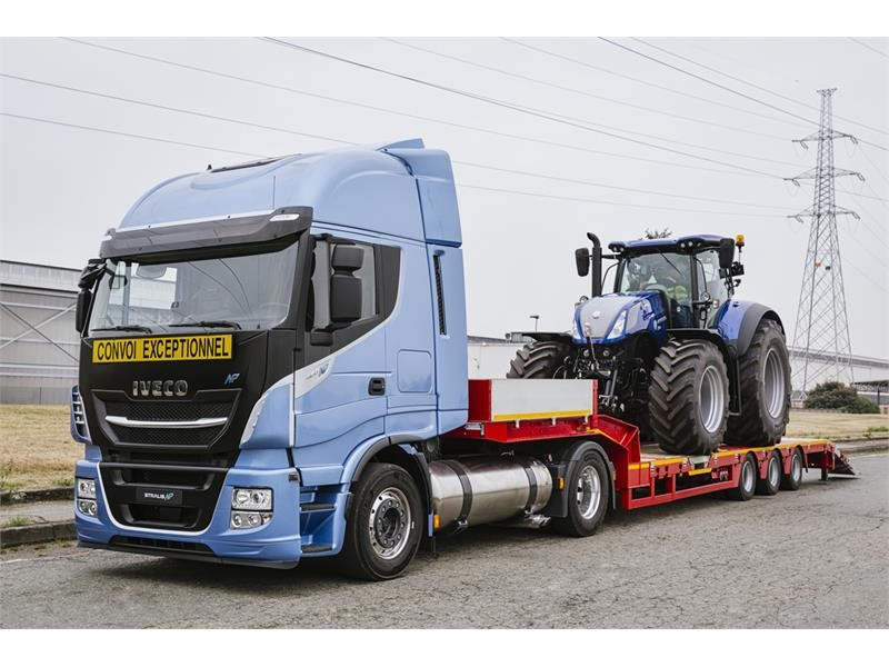 New Iveco Stralis NP 460 Hauling Tractor