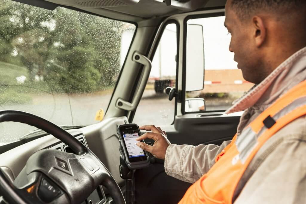 Honeywell's software for truck drivers helps Comply with New Federal Safety Mandates