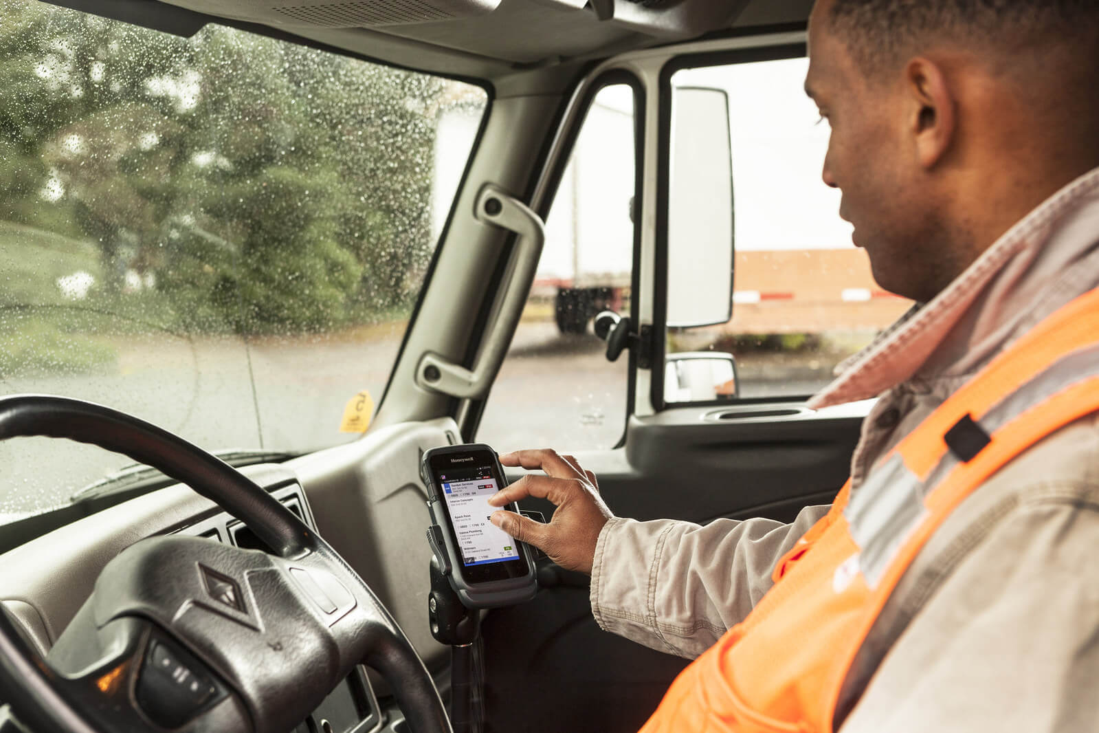 Honeywell's software for truck drivers runs on Android-based mobile