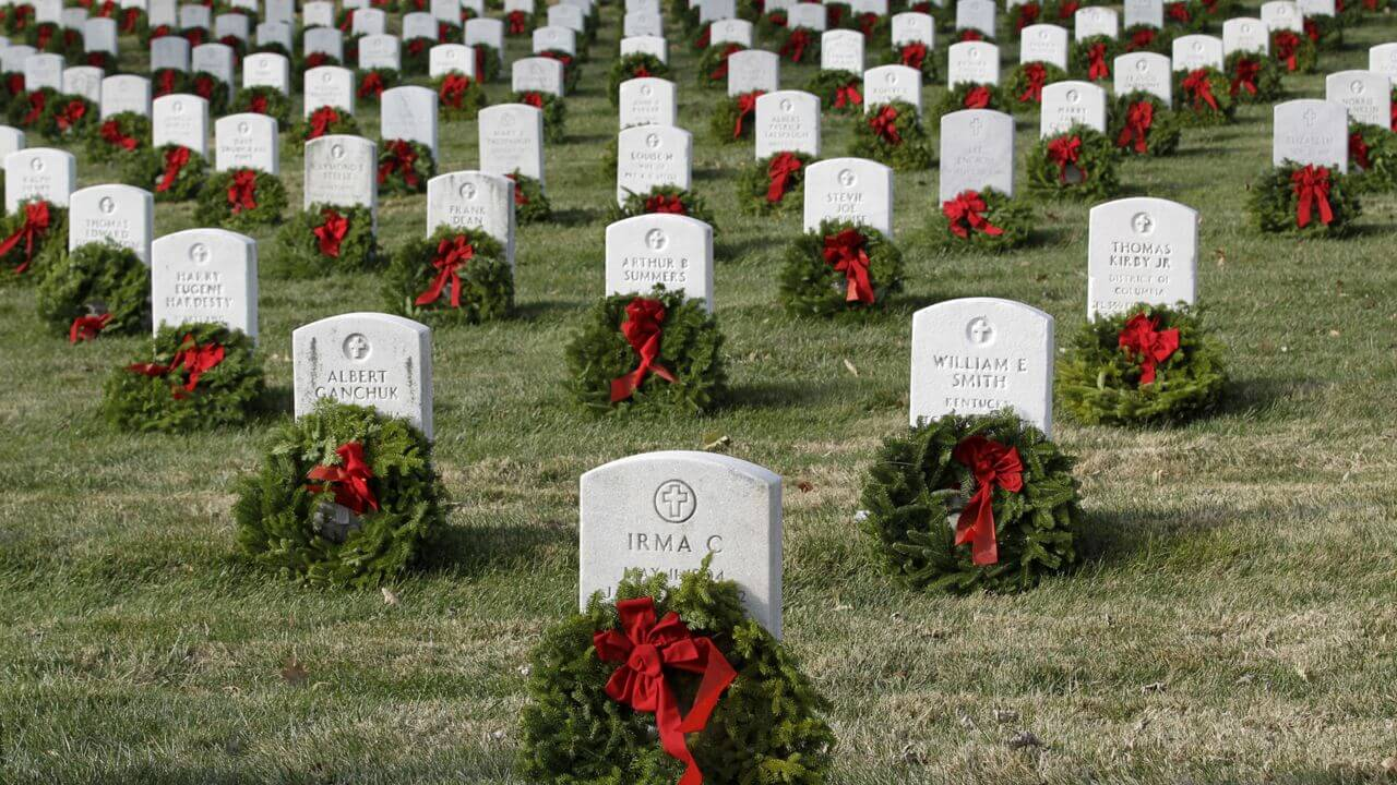 Wreaths Across America - Arlington National Park